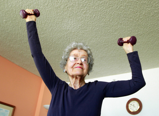 Ruth Clark, 95, goes through her daily aerobic exercise routine in Pompano Beach, Florida, on April 24, 2012. (Carline Jean/Sun Sentinel/MCT) ORG XMIT: 1122368